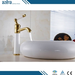 Fashion Design Stoving Varnish Luxury Bathroom Basin Tap