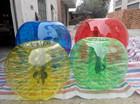 colorido humanos bumper inflável bola bolha