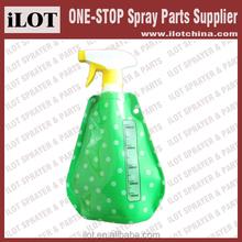 iLOT 500ml Flexible Plastic Foldable Spray Bottle