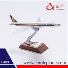 Custom Livery Printing Metal Aircraft Model 1:400 Boeing 777-300ER Singapore Airlines Diecast Detailed Wooden Stand Passenger