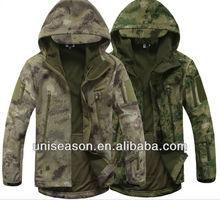 Waterproof breathable hooded men army camo softshell jacket