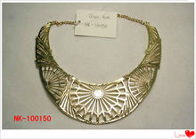 New style trendy alloy punk carved flower collars for women