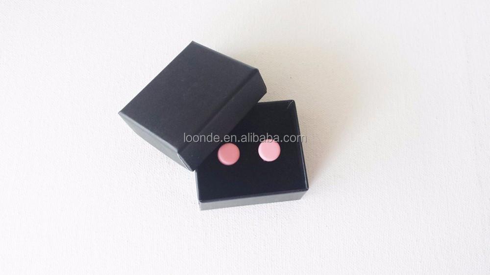 black earring box (3).jpg