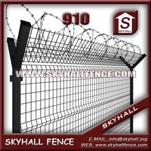 Factory Concertina cross razor wire fence /Barbed Wire Airport Fence With Post