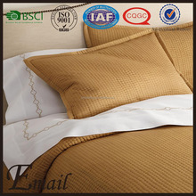 China wholesale export brand home textile solid color customize Dubai Satin quilt