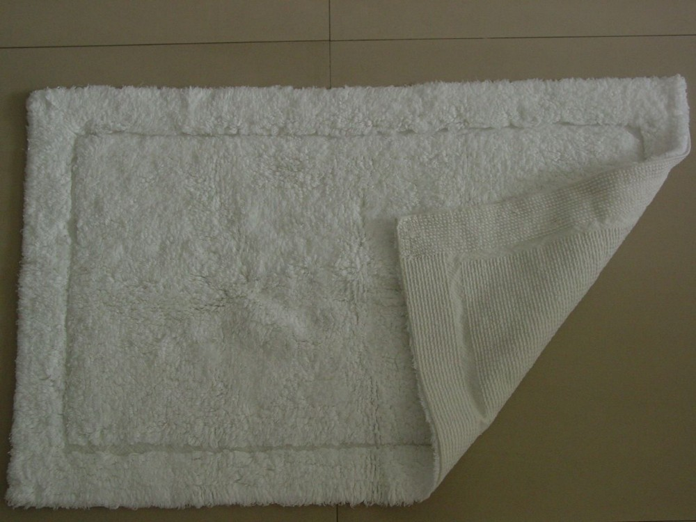 Antislip Hotel Bath Rug with rubber bottom