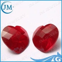 Standardized Production Red Heart Cut Glass Stone Shoes Ornament