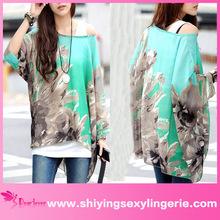 Venta al por mayor de moda manga murciélago estampado floral sueltos- montaje blusa de gasa para la media de edad de las mujeres