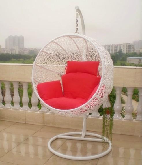 Jard n de la rota muebles colgantes silla de huevo for Silla huevo colgante