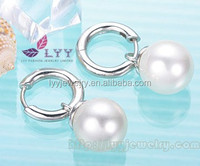 Factory Direct Sale Simple design round 7mm fresh water pearl earring made of 925 sterling silver