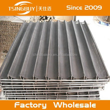 Factory wholesale high quality 4 to 12 Channels Non-stick Net Stainless Steel french bread baking tray