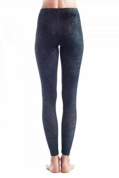 lava-leggings-3-900x1200.jpg