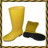Cheap yellow PVC rain boots factory