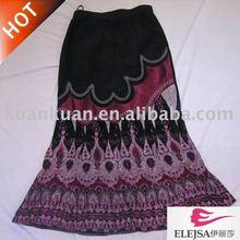 hermosa madura las mujeres falda corta