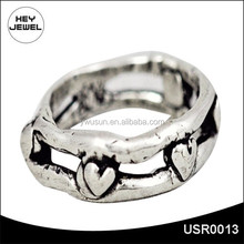 yiwu jewelry factory heart finger ring,alloy mens ring, vintage fashion ring