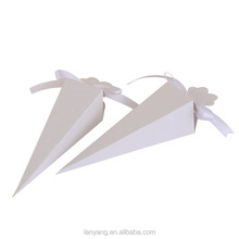 Triangular compass wedding party favor gift box packaging