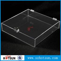 Custom clear lockable acrylic gift box