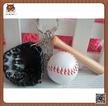 Key Rings with Baseball gloves and bats good quality key rings