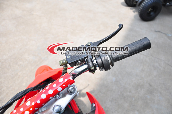 dirt bike detail red.jpg