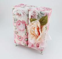 Fabric Elegant Shape Impeccable gift box small quantity