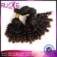 Venta al por mayor mejor francés rizo 5A 28 humano remy malasia del pelo atado
