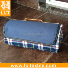 wholesale 2015 lastest design high quality waterproof coating patterned cheap plaid fleece blanket with PU carrier(LCTM0112)
