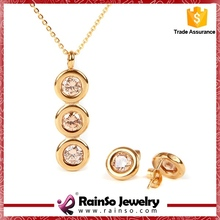 studded graceful shiny indian gold jewelry set