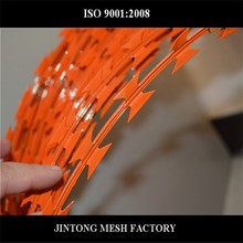 JT Facyory price cheap professional razor barbed wire/weight barbed wire/barbed iron wire for sale with 20 years