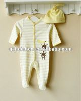 mom and bab 2012 Autumn baby wear 100% cotton embroider footed romper + hat