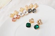 WLEH-1084 South Korea Style Top Quality Butterfly Earrings Allergy Free Earrings Medical Steel Earrings with Emerald Diamond