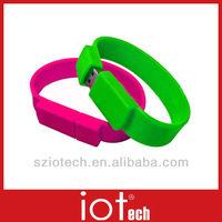 Attractive Unique Silicone Bracelet USB
