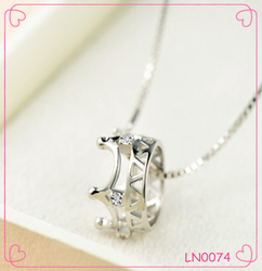 European and American fashion necklace diamond crown pendant charming necklace