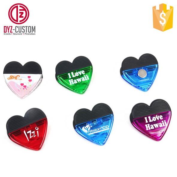 Heart shape plastic magnetic clips.jpg