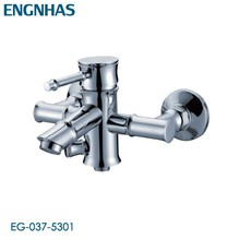 Contemporary wall mounted replacing bathtub taps