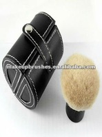 Hot wholesale professional kabuki brush with roll pouch