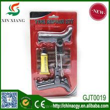 Tubeless tire repair kit, tire repair