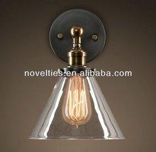 Edison Light Bulb with Vintage Style Brass Wall Light for Bathroom Lighting