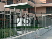 Residential type stainless steel fence