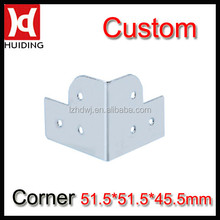Corner brace for flight case