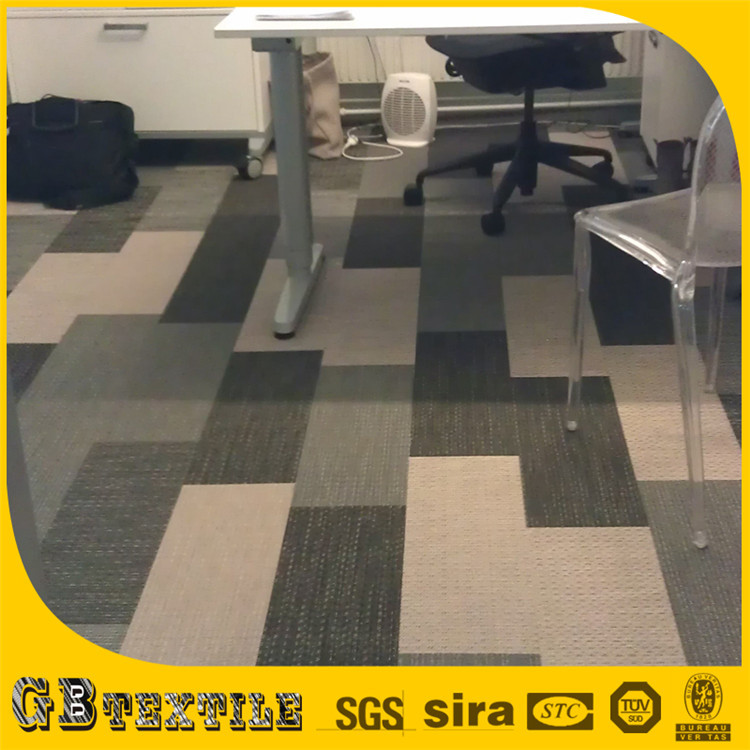 Parquet in pvc ikea cheap pavimento con parquet with - Parquet bianco ikea ...