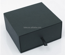 Customized paperboard gift packaging boxes sliding gift boxes