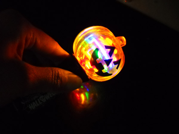 Factory hot led light up pumpkin spinner toy spinning ball for Light up fishing spinners