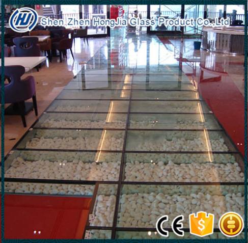 Laminated-glass-floor.jpg