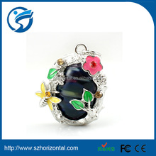 Market price woman necklace crystal usb flash drive