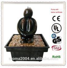 Pequeña figura de resina con pilas de la fuente de agua de regalo electrónico