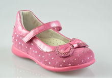 2013 nuevo diseño de los zapatos de bebé de cuero