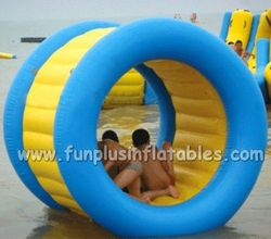 Cheap inflatables giant water wheels,water roller ball F7007