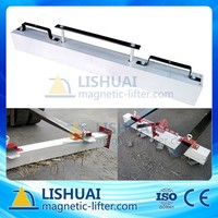 Hang type magnetic sweeper for car
