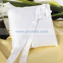 A06R53 White color ribbon fabric wedding acessories ring pillow