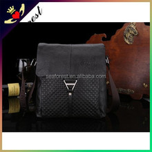 Customized high-end Genuine leather mens shoulder bags